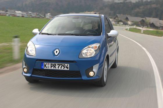 Ein möglichweise verrutschender Fahrersitz beim Twingo macht eine weitere Befestigung nötig. (Foto: Renault)