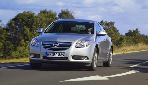 Lenkunterstützung könnte ausfallen - Opel ruft Insignia zum Werkstattaufenthalt. (Foto: Opel)