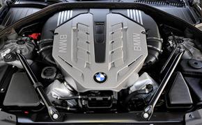 Rückruf: Vor einem halben Jahr mussten schon einmal BMW mit Acht- und Zwölfzylinder-Turbomotoren in die Werkstatt, jetzt erneut.