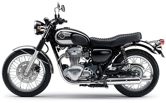 Bei rund 1.300 Einheiten der Kawasaki W800 der Baujahre 2011 und 2012 lässt der deutsche Importeur die Kraftstoffpumpen erneuern. (Foto: Kawasaki)