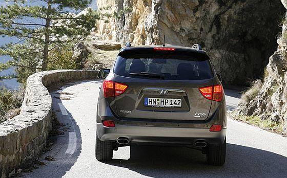 Wegen möglicher Probleme mit dem Bremslicht ruft Hyundai vier Baureihen zurück, u.a. den ix55. (Foto: Hyundai)