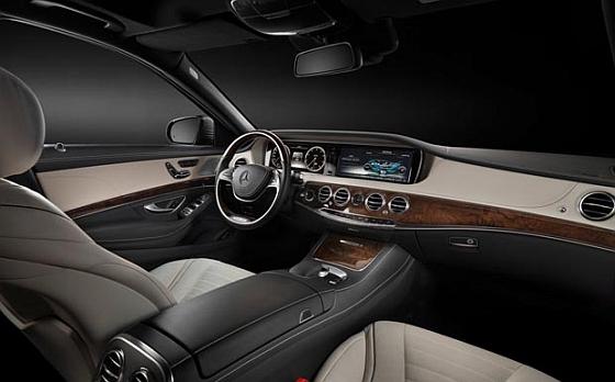 Rückruf: Die neue S-Klasse hat Probleme mit den vorderen Sicherheitsgurten. (Foto: Daimler)