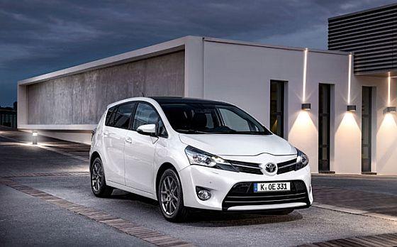 Rückruf: Seit Januar wird bei 1.000 Toyota Verso die Lenkrad-Befestigungsmutter nachgezogen. (Foto: Toyota)