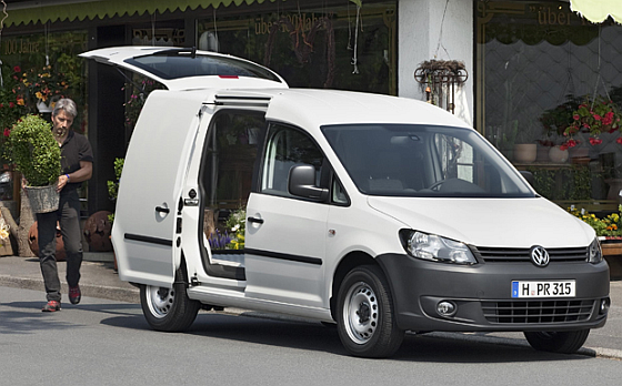 Rückruf: Beim VW Caddy mit Heckklappe muss eine neue Halterung des Gasdruckstoßdämpfers der Klappe montiert werden