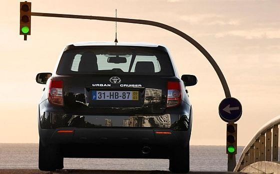 Der Toyota Urban Cruiser ist gleich von zwei Rückrufaktionen betroffen. Bei der dritten Rückrufaktion geht es um RAV4 und Hilux. (Foto: Toyota)