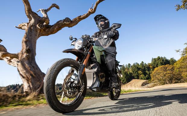Rückruf: Beim Elektromotorrad Zero DS kann während der Fahrt der Motor plötzlich ausgehen. (Foto: Zero Motorcycles)