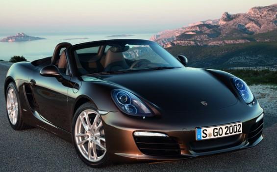 Porsche-Rückruf: Der Schlossbügel der vorderen Kofferraumhaube muss u.a. beim Boxster getauscht werden. (Foto: Porsche)