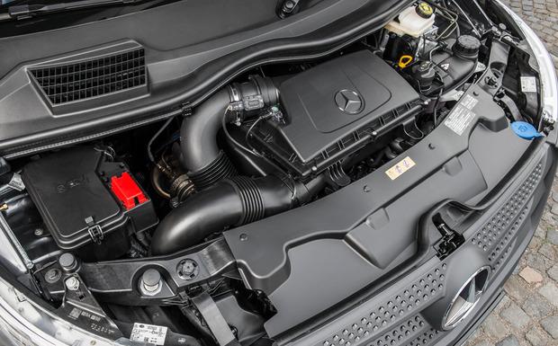 Der Rückruf wegen möglichem Ölverlust beim Dieselmotor OM651 betrifft nicht nur Pkw, sondern auch die Nutzfahrzeug-Baureihen 447, 639 und 906 (im Bild: Mercedes-Benz Vito). (Foto: Daimler)