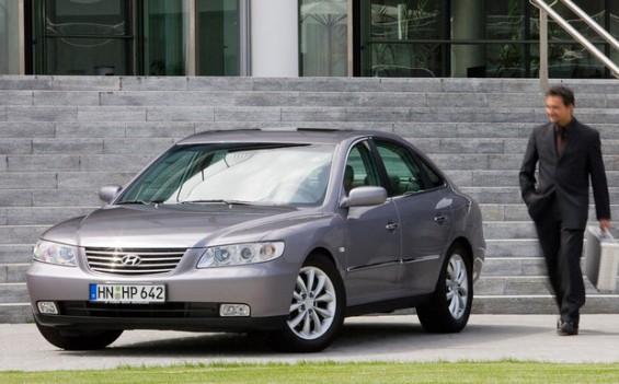 Der Hyundai Grandeur ist einer der beiden vom Achsträger-Rückruf betroffenen Modelle. (Foto: Hyundai)