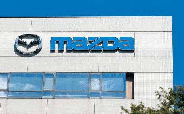 1,66 Millionen Mazda müssen in die Werkstatt, weil der Gasgenerator des Beifahrerairbags getauscht werden muss. (Foto: Mazda)