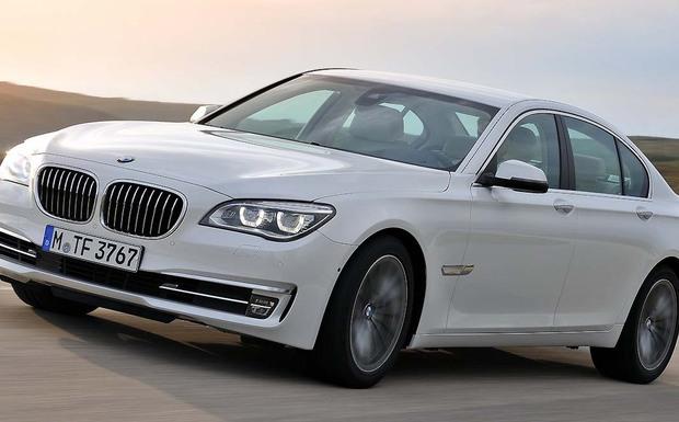 Wegen möglichen Airbag-Versagens ruft BMW weltweit rund 26.000 Fahrzeuge der 7er Baureihe zurück. (Foto: BMW)