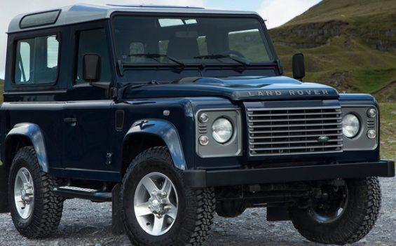 Eine mangelhafte Nabenbefestigung kann beim Land Rover Defender zur Blockade des jeweiligen Rades führen. (Foto: Land Rover)
