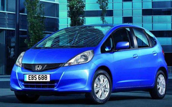 Zahlreiche Honda-Modellreihen müssen in die Werkstatt und erhalten einen neuen Generator für den Fahrer-Airbag. Im Bild der Honda Jazz aus 2011. (Foto: Honda)