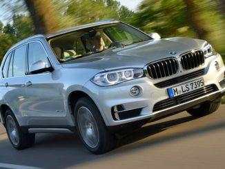 BMW tauscht bei einigen Fahrzeugen die ESP-Einheit. Im Bild der aktuelle BMW X5. (Foto: BMW)