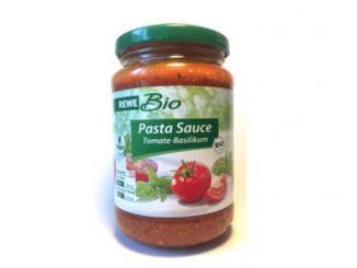 Enthält nicht das, was draufsteht: Statt Tomate-Basilikum-Sauce enthält das Glas Ricotta-Sauce - und das kann für Allergiker gefährlich sein. (Foto: NABA)
