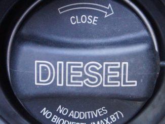 Tankdeckel eines Dieselfahrzeugs (Foto: Markus Burgdorf)