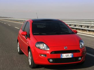 Der Fiat Punto hat Probleme mit den vorderen Gurtstraffern. (Foto: Fiat)