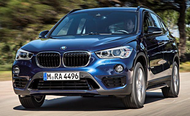 Beim BMW X1 steht eine kleine technische Reparaturmaßnahme an. (Foto: BMW)